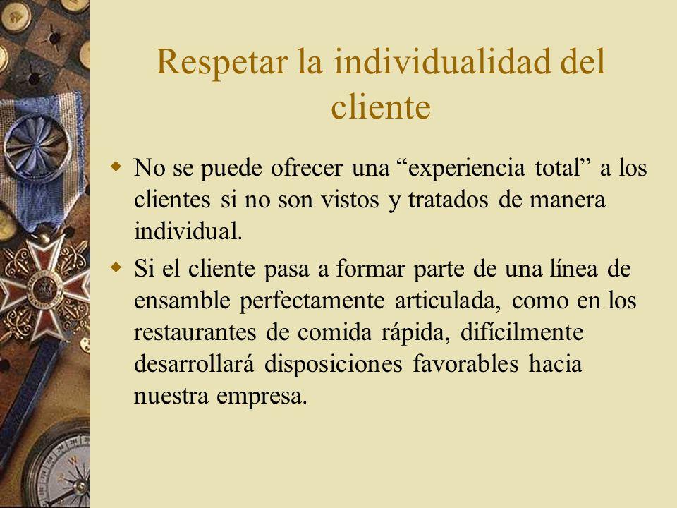 Dar al cliente el control sobre su experiencia en la interacción No importa que tan bien orquestada se haga la interacción con el cliente, si éste siente que no tiene el control de las operaciones, difícilmente continuará interactuando con la empresa
