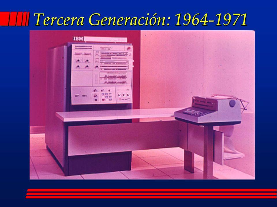 Cuarta Generación: 1971-1975 l Se caracteriza por la utilización de memorias electrónicas aumentando su capacidad l Aparecen innumerables lenguajes de programación l Se reduce el tamaño y aumenta la velocidad.