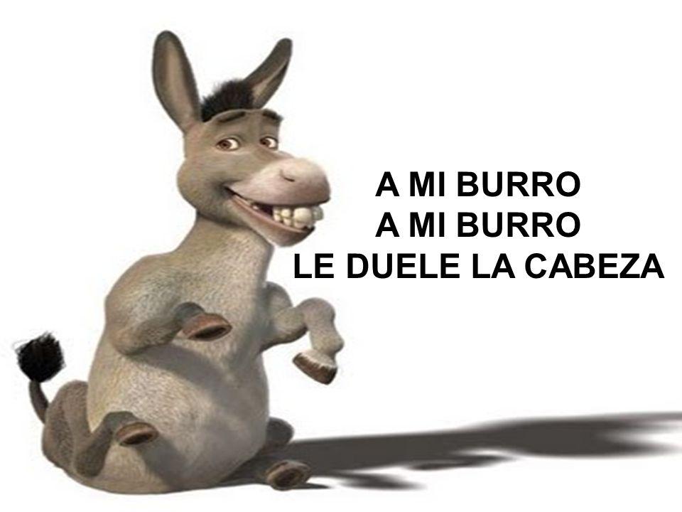 Y EL MÉDICO LE HA DADO UNA GORRITA NEGRA.
