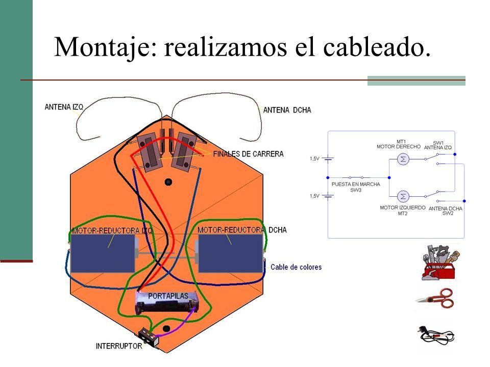Montaje: acoplamos los amortiguadores Los amortiguadores sirven para que el robot se mueva con cierta estabilidad, y además se adapte a las irregularidades del terreno.