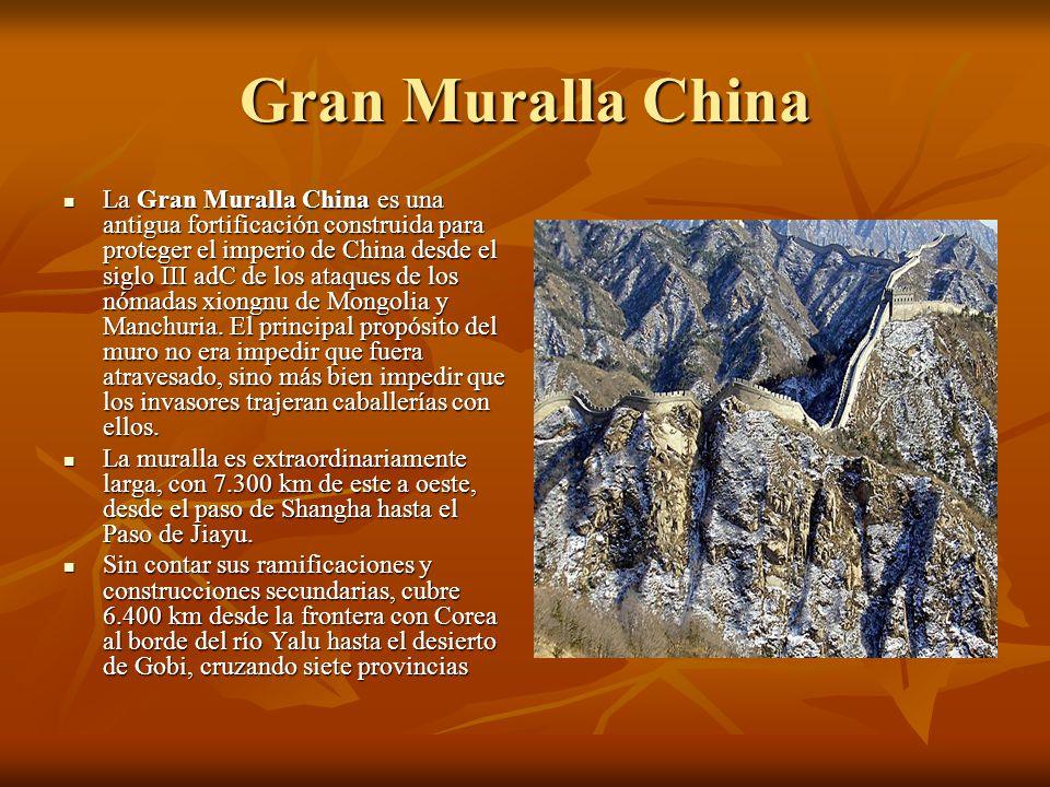 Machu Picchu Machu Picchu (del quechua machu, viejo, y picchu cima, es decir, cima vieja ) es el nombre contemporáneo del antiguo poblado inca de piedra.