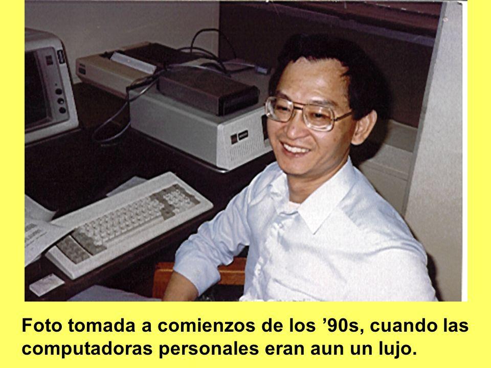 2- El Dr. Michael H. Dong, nacido en Hong Kong, ostenta un DrPA (doctor en administración publica) en política de salud de la Universidad de California del Sur, y un PhD en Epidemiología Ambiental de la Universidad de Pittsburg. También obtuvo un BSc en Bioquímica de la Universidad de California en Davis / Riverside, un segundo BSc en ciencias forenses de la Universidad del Estado de California en Sacramento, y un MPH en ciencias del ambiente y nutricionales de la UCLA. El Dr Dong actualmente es un Diplomado del American Board of Toxicology (DABT) y un especialista certificado en Nutrición (CNS). El Dr. Dong ha estado trabajando por 11 años como un toxicólogo regulador en el Departamento de Regulación de Pesticidas del Estado de California. Previamente, estuvo en servicio activo por varios años como oficial de los Cuerpos de Servicios Comisionados de Salud Publica de Estados Unidos, trabajando en el Centro de Investigación y Evaluación de Drogas de la FDA. También sirvió varios años como oficial del Cuerpo de Servicios Médicos de la Armada de Estados Unidos con varias misiones como bioquímico nutricional, clínico o de investigación. Entre los dos servicios militares, Michael trabajo por un año como toxicólogo ocupacional así como epidemiólogo ambiental en la Administración de Salud y Seguridad Ocupacional, Departamento americano del trabajo. El entrenamiento académico y profesional de Michael, su selectivo trabajo publicado en conceptos innovadores como el modelo fisiológico basado en la farmacocinética y evaluación de la exposición agregada a través de la simulación de Monte Carlo, y la serie de 10 conferencias sobre epidemiología toxicológica, apuntan a su continuo interés en promover la salud global.
