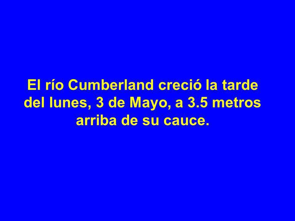 El río Cumberland creció la tarde del lunes, 3 de Mayo, a 3