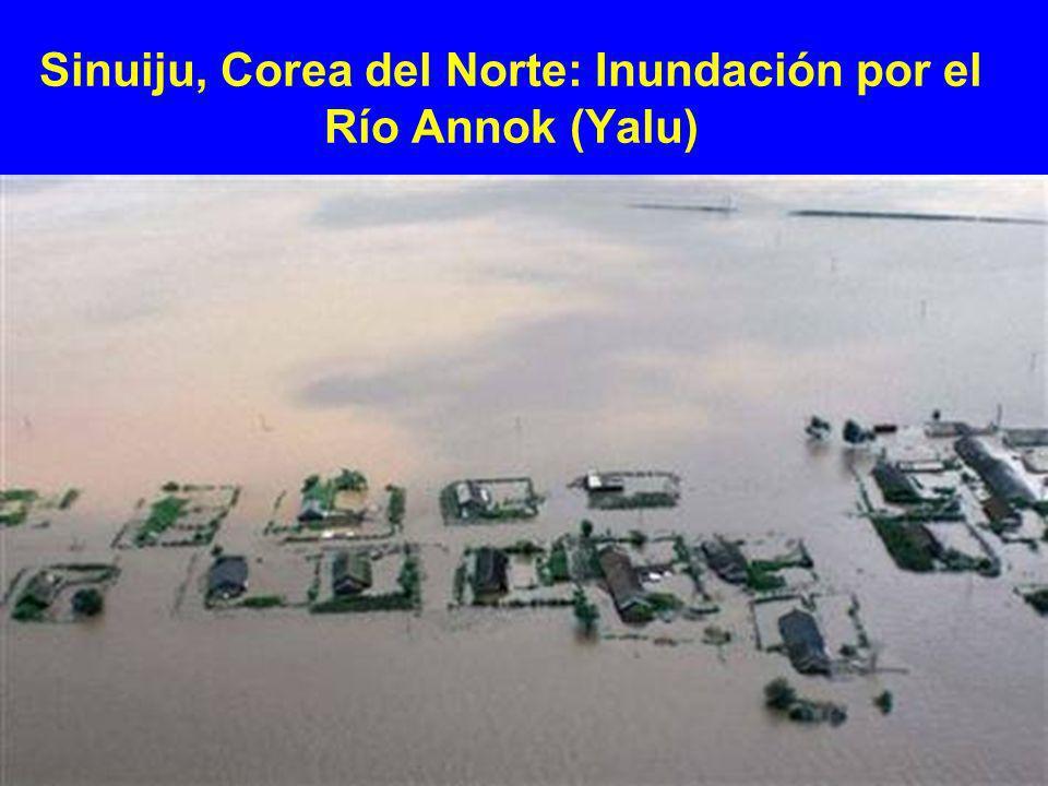 Sinuiju, Corea del Norte: Inundación por el Río Annok (Yalu)