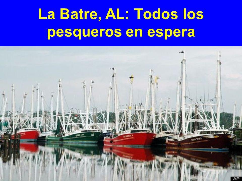 La Batre, AL: Todos los pesqueros en espera