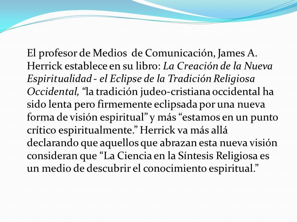 El profesor de Medios de Comunicación, James A