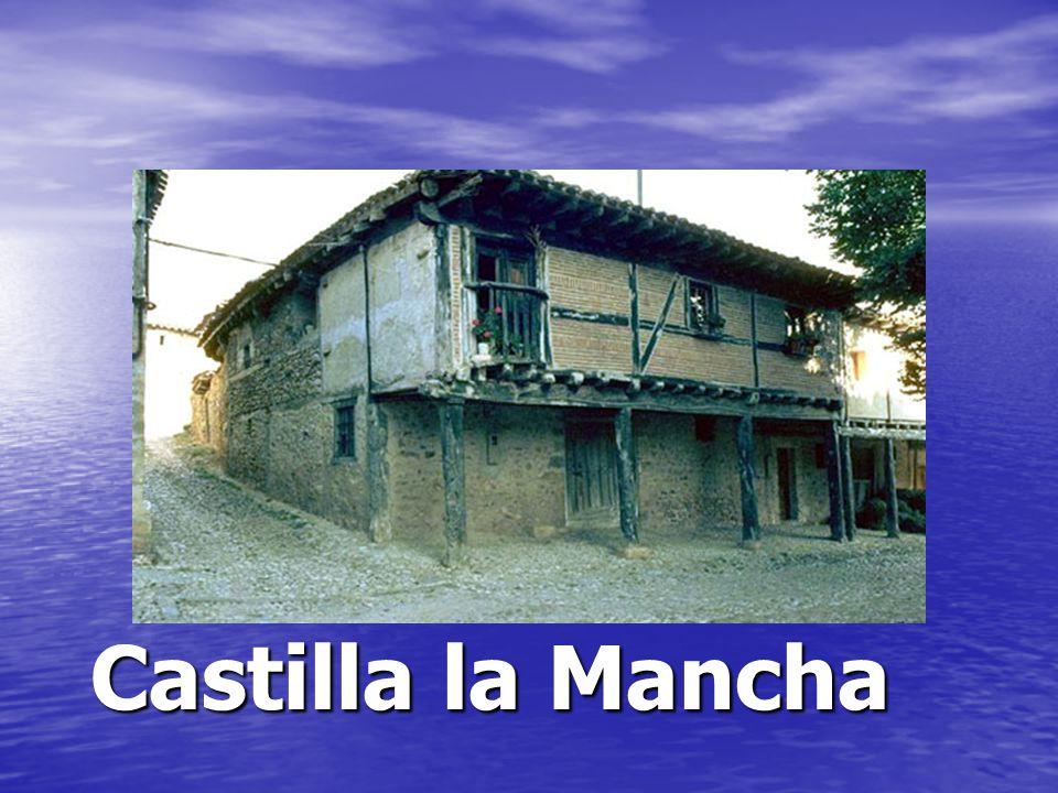 Las casas con vigas de madera y ladrillo o mampostería (piedras pequeñas en cemento) y con aleros anchos son típicos de muchos pueblos en el centro de España como Castilla-La Mancha, Castilla- León o Aragón.