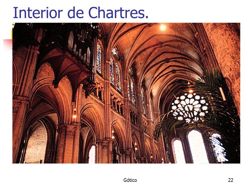 Interior de Chartres. Gótico