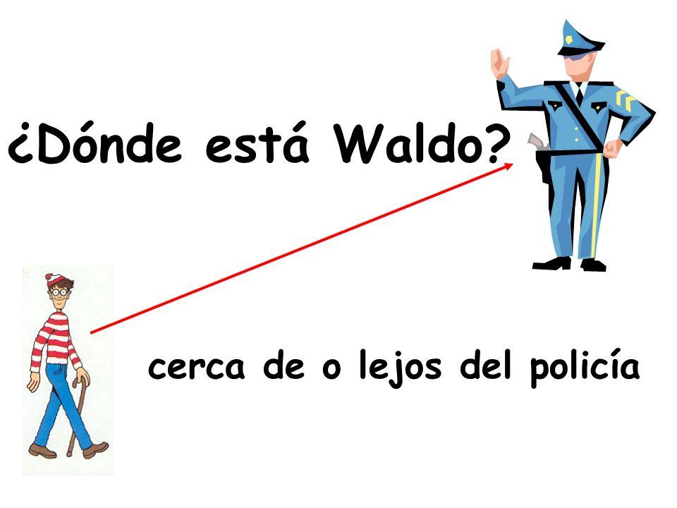 ¿Dónde está Waldo cerca de o lejos del policía