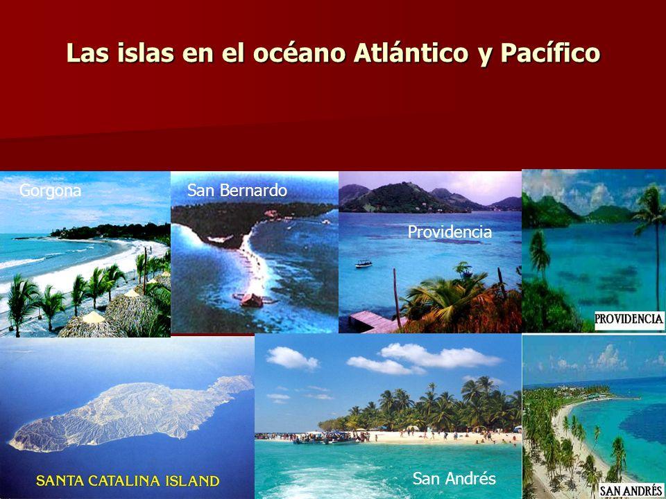 Las islas en el océano Atlántico y Pacífico