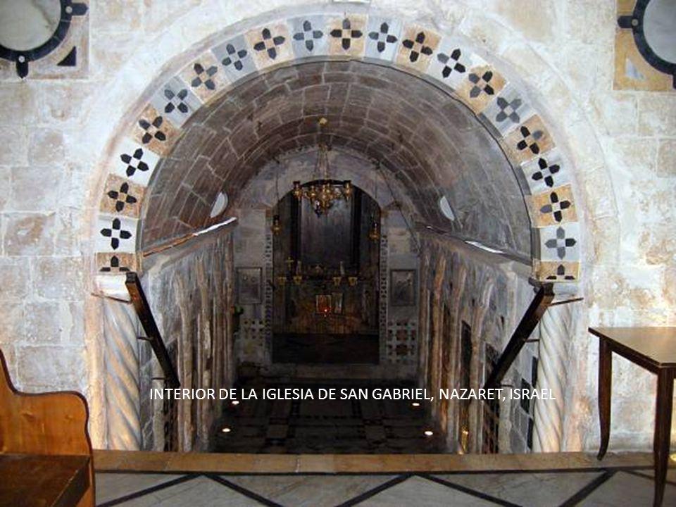 INTERIOR DE LA IGLESIA DE SAN GABRIEL, NAZARET, ISRAEL