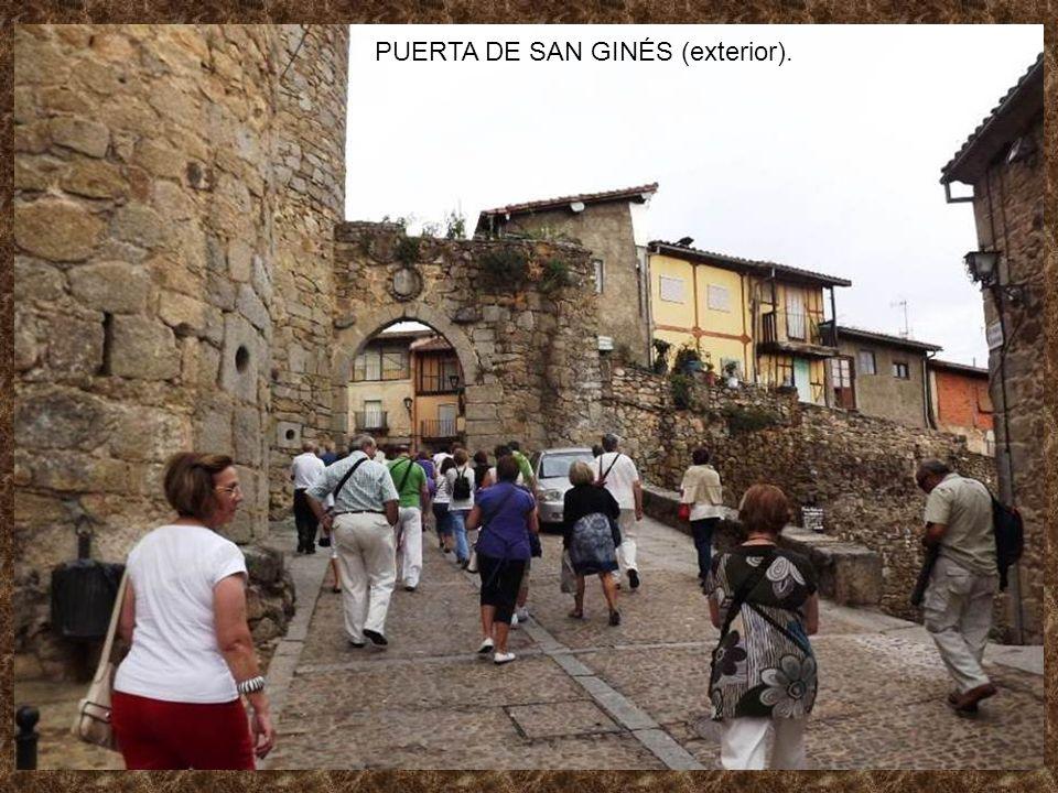 PUERTA DE SAN GINÉS (exterior).