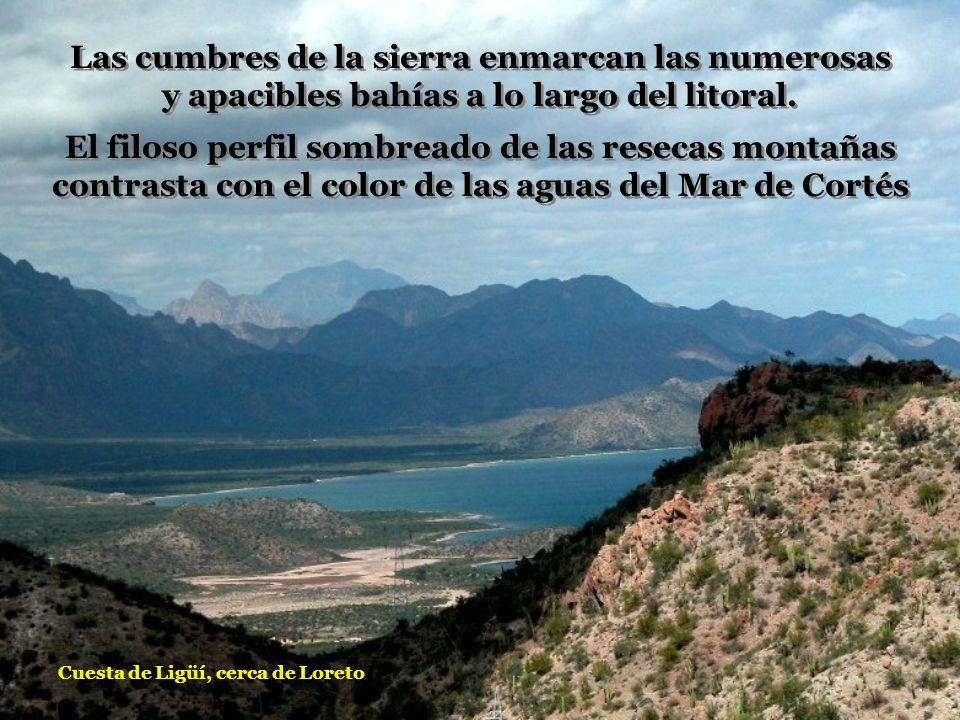 Las cumbres de la sierra enmarcan las numerosas