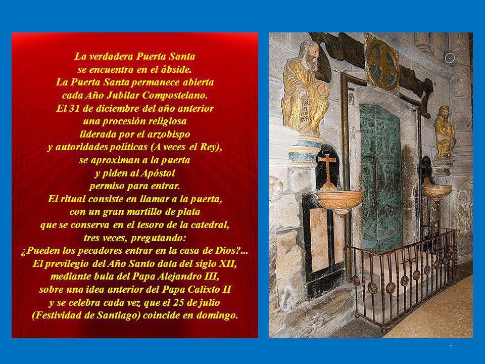 La verdadera Puerta Santa se encuentra en el ábside