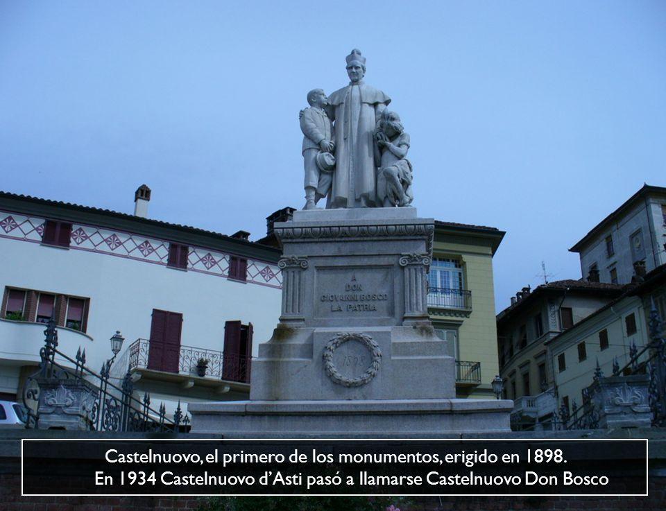 Castelnuovo, el primero de los monumentos, erigido en 1898