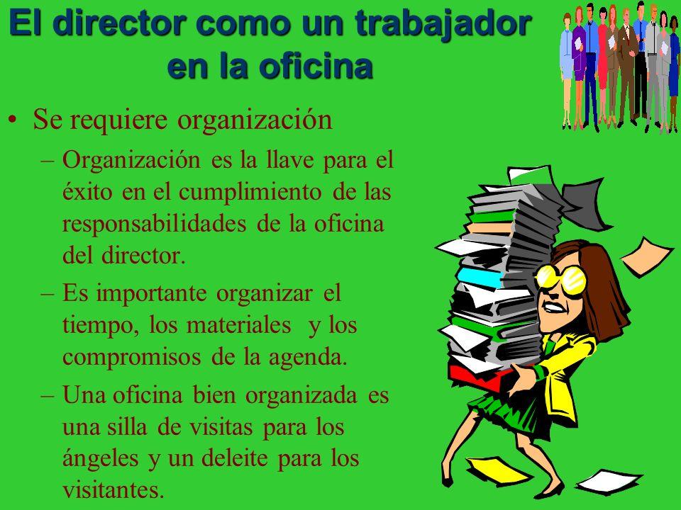 El director como un trabajador en la oficina