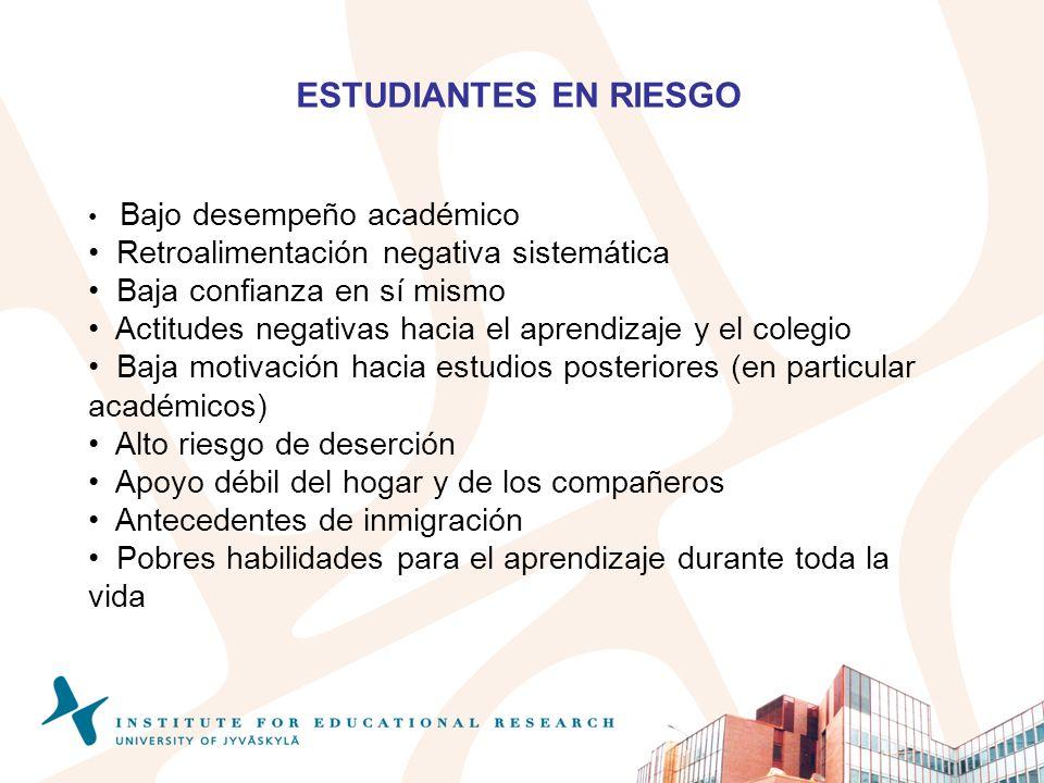 ESTUDIANTES EN RIESGO Retroalimentación negativa sistemática
