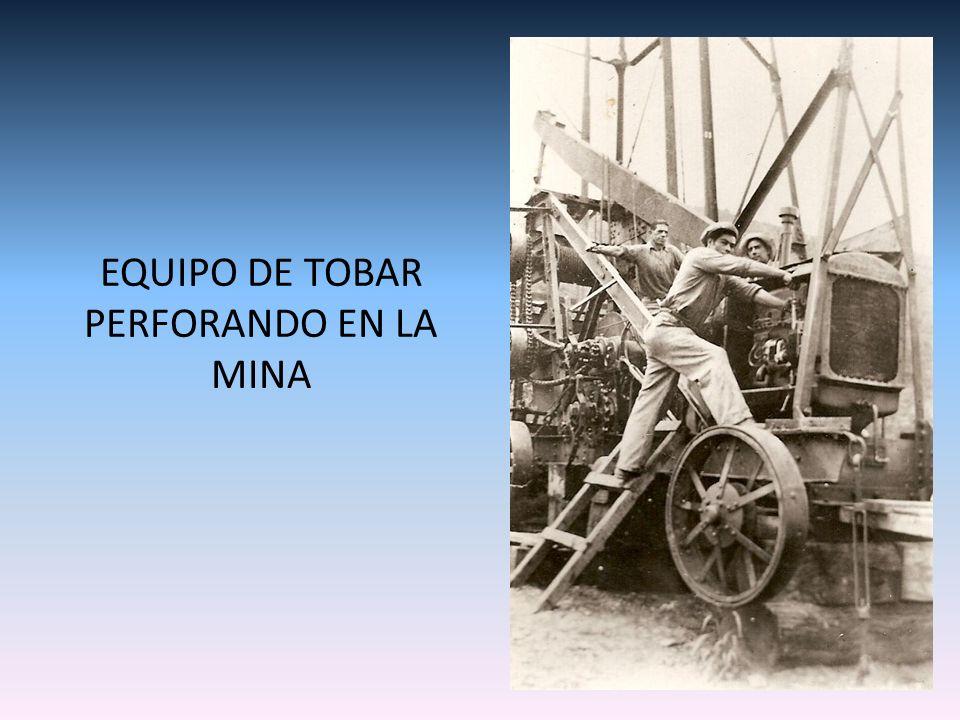 EQUIPO DE TOBAR PERFORANDO EN LA MINA