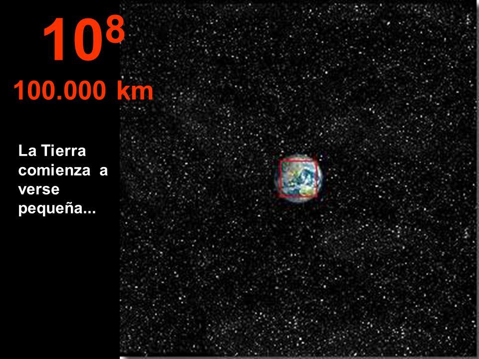 108 100.000 km La Tierra comienza a verse pequeña...