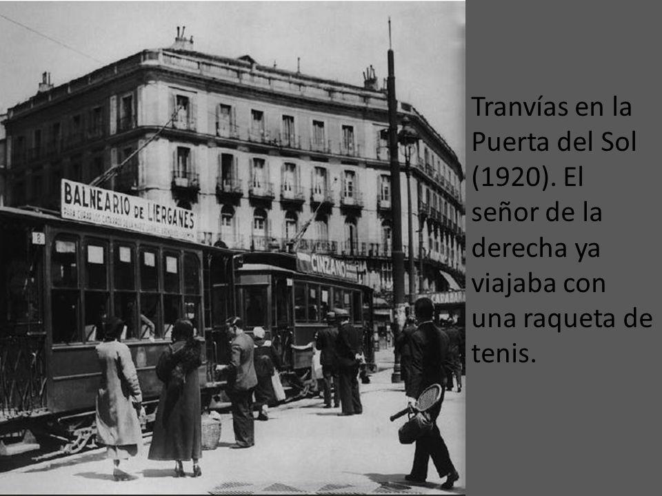 Tranvías en la Puerta del Sol (1920)