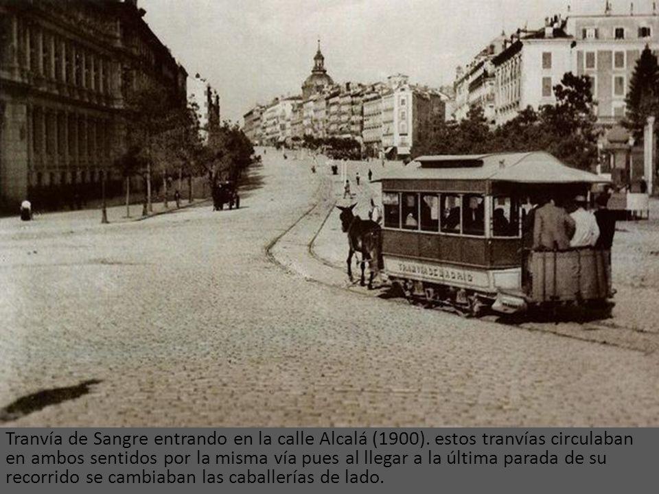 Tranvía de Sangre entrando en la calle Alcalá (1900)