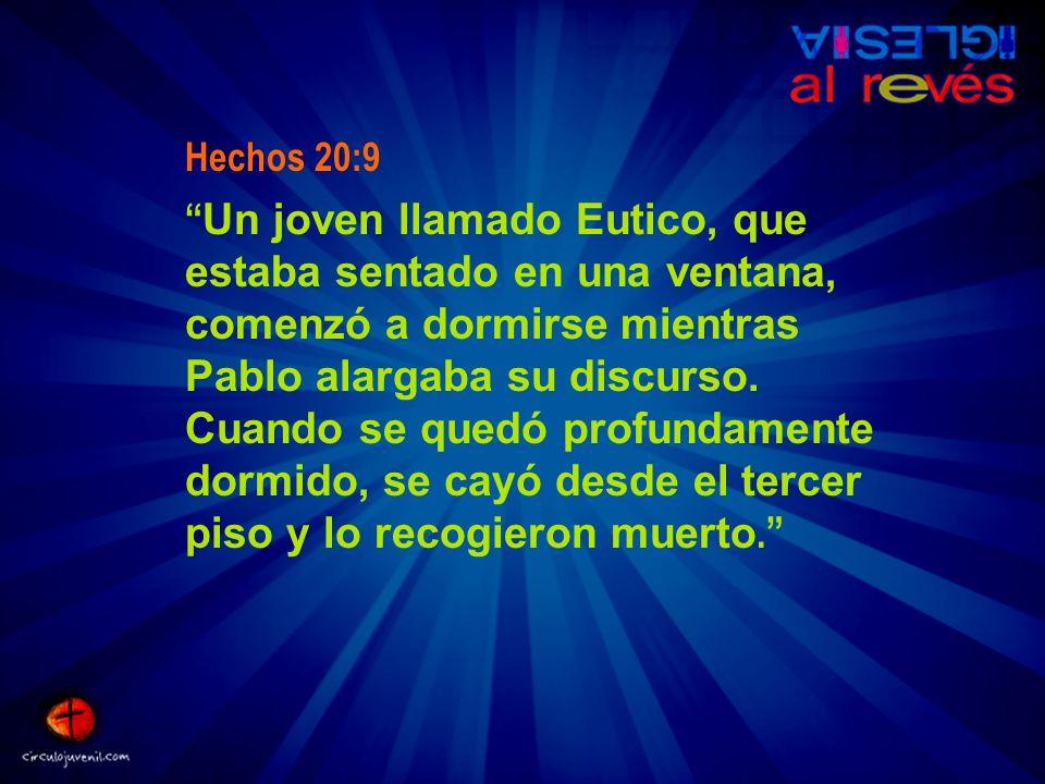 Hechos 20:9