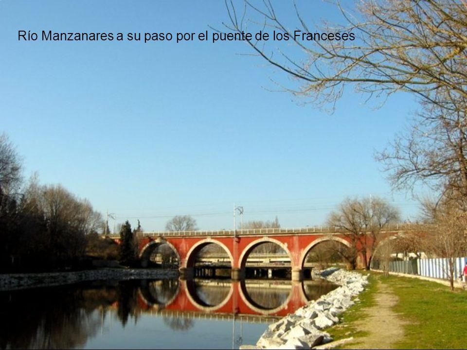 Río Manzanares a su paso por el puente de los Franceses