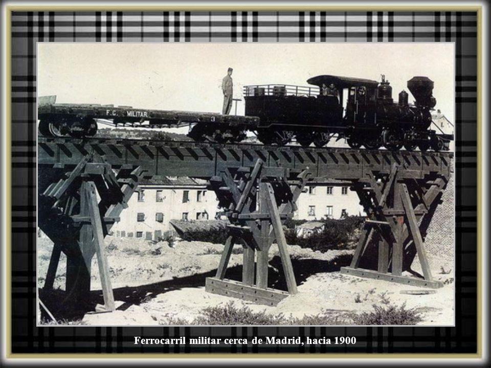 Ferrocarril militar cerca de Madrid, hacia 1900