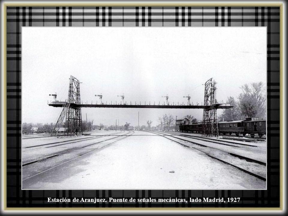 Estación de Aranjuez. Puente de señales mecánicas, lado Madrid, 1927