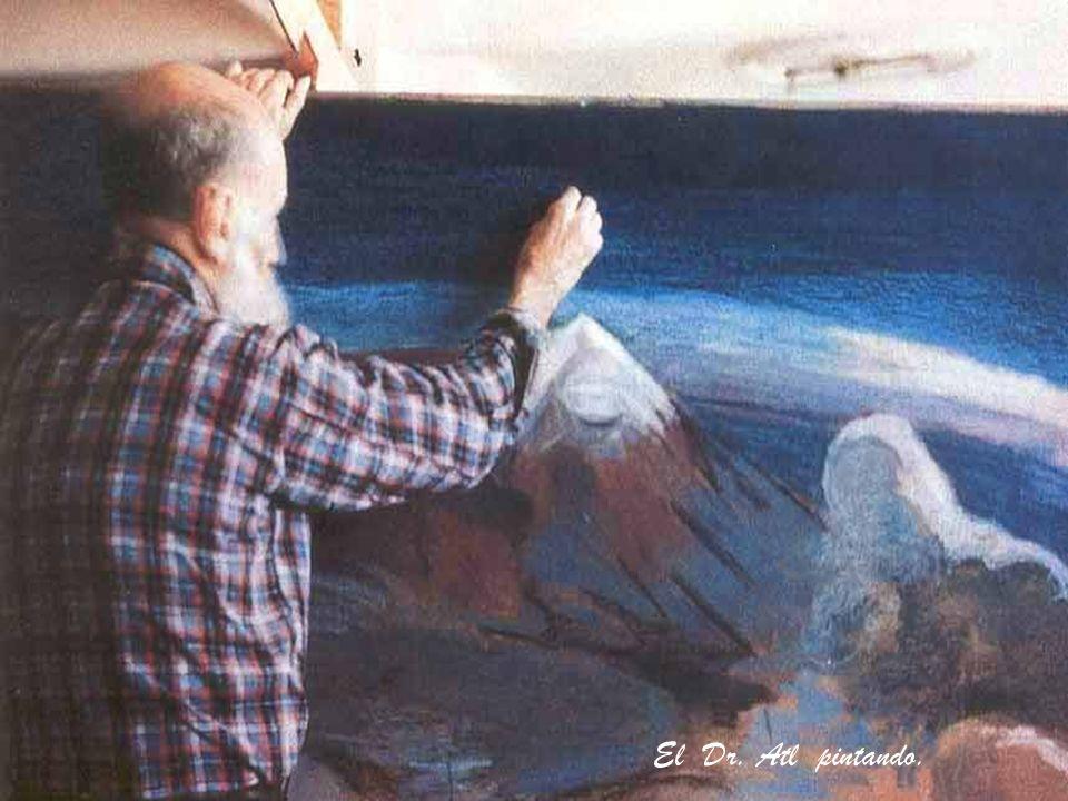 El Dr. Atl pintando.