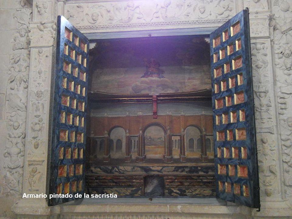 Armario pintado de la sacristía