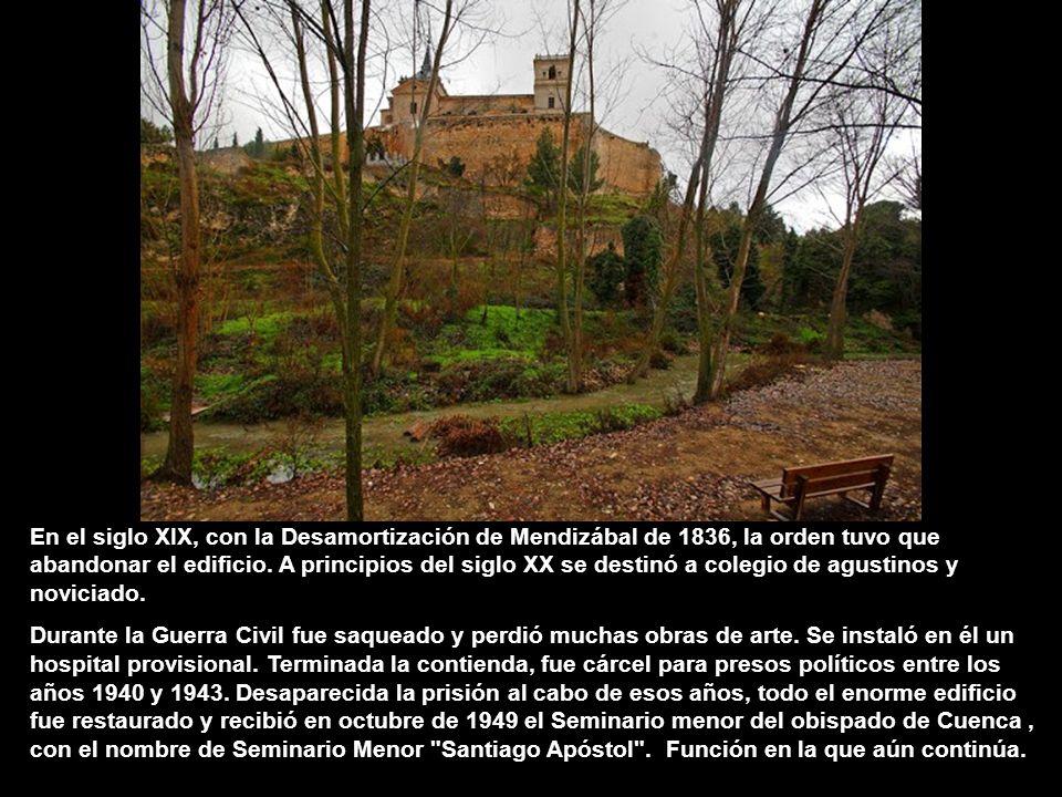 En el siglo XIX, con la Desamortización de Mendizábal de 1836, la orden tuvo que abandonar el edificio. A principios del siglo XX se destinó a colegio de agustinos y noviciado.