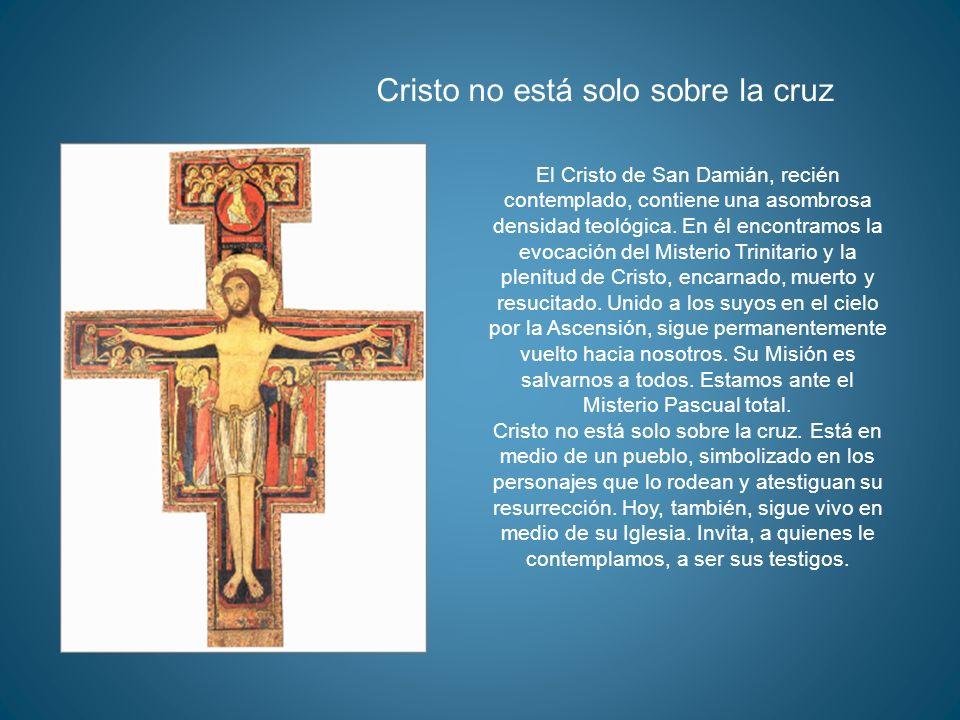 Cristo no está solo sobre la cruz