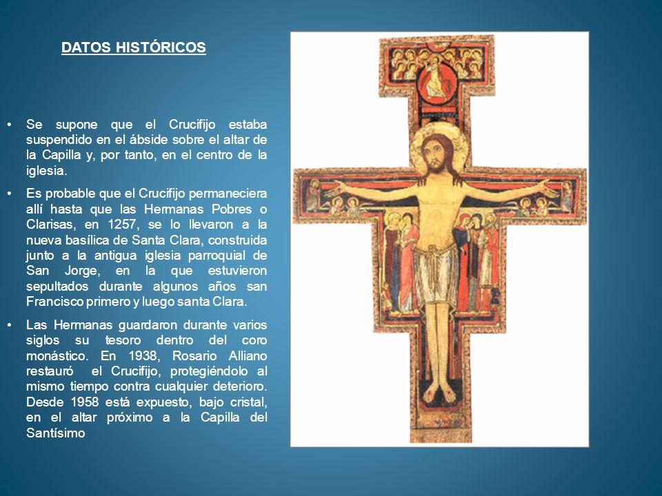 DATOS HISTÓRICOS Se supone que el Crucifijo estaba suspendido en el ábside sobre el altar de la Capilla y, por tanto, en el centro de la iglesia.