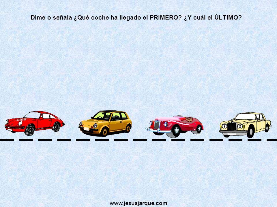 Dime o señala ¿Qué coche ha llegado el PRIMERO ¿Y cuál el ÚLTIMO