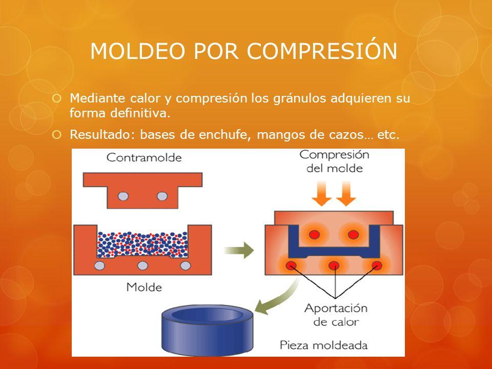 Mediante calor y compresión los gránulos adquieren su forma definitiva.