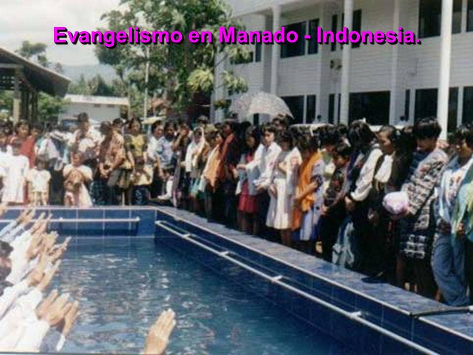 Evangelismo en Manado - Indonesia.