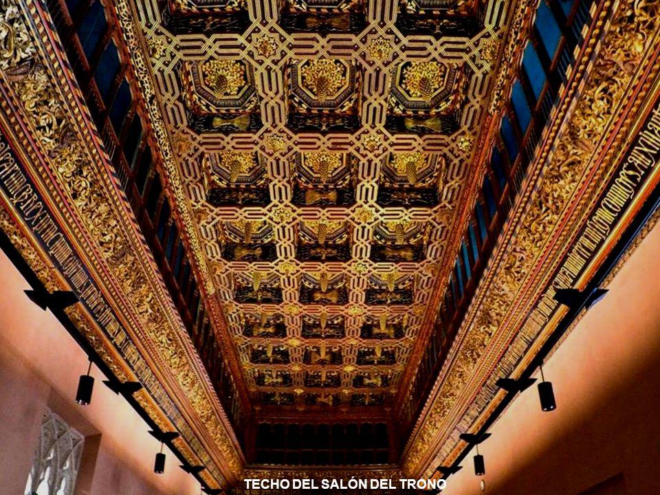 www.vitanoblepowerpoints.net TECHO DEL SALÓN DEL TRONO