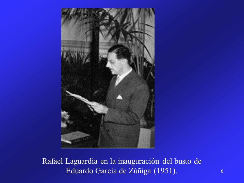 Rafael Laguardia en la inauguración del busto de