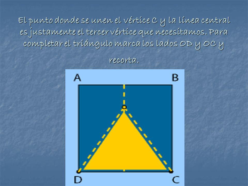El punto donde se unen el vértice C y la línea central es justamente el tercer vértice que necesitamos.