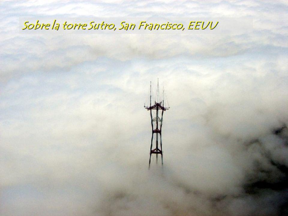 Sobre la torre Sutro, San Francisco, EEUU