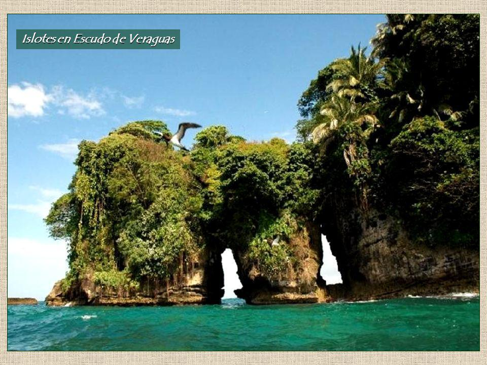 Islotes en Escudo de Veraguas