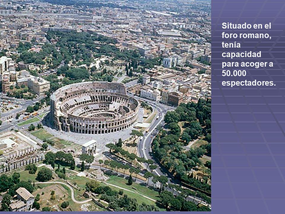 Situado en el foro romano, tenía capacidad para acoger a 50