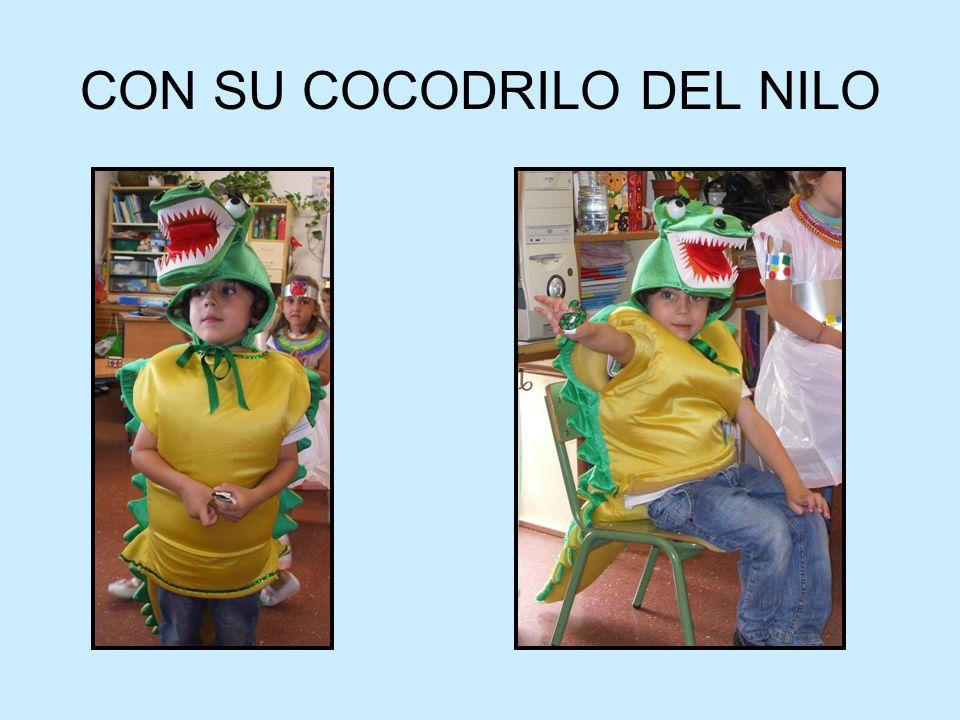 CON SU COCODRILO DEL NILO