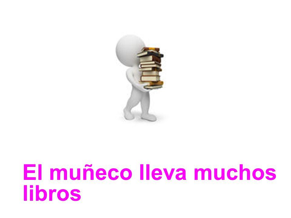 El muñeco lleva muchos libros