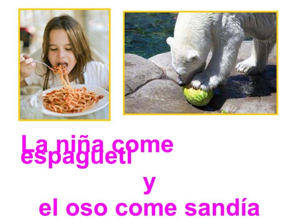 La niña come espagueti y el oso come sandía