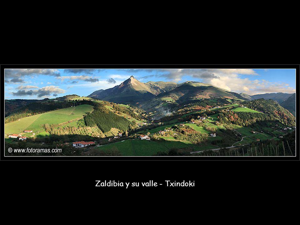 Zaldibia y su valle - Txindoki