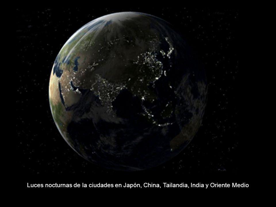 Luces nocturnas de la ciudades en Japón, China, Tailandia, India y Oriente Medio