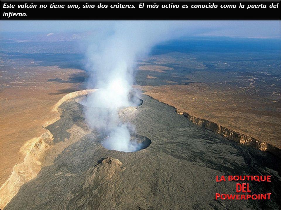 Este volcán no tiene uno, sino dos cráteres