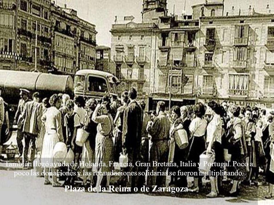 Plaza de la Reina o de Zaragoza .